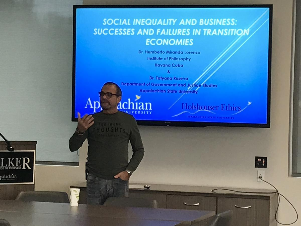 Dr. Humberto Miranda of the Institute of Philosophy in Havana, Cuba, speaks at the Holshouser Ethics Lunch and Learn during International Education Week.