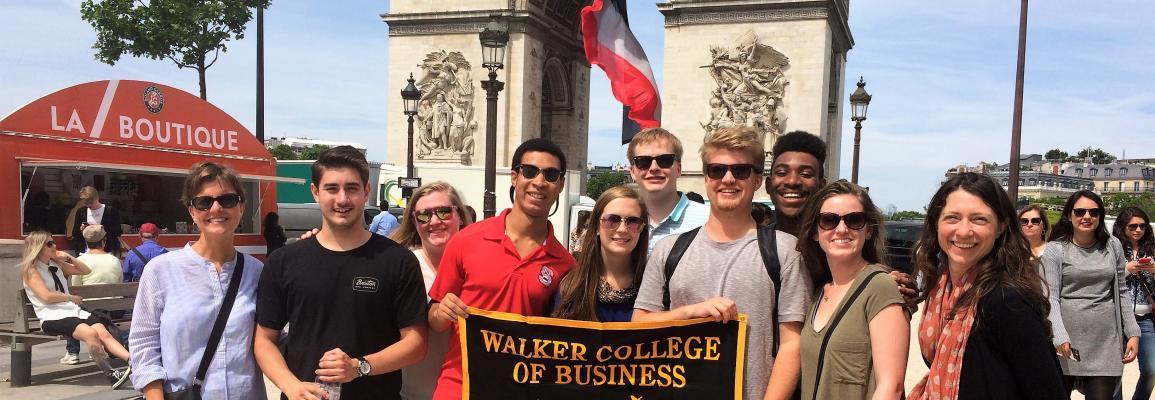 Angers Summer Business Program - Arc De Triomphe