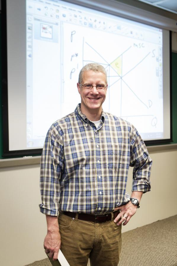 Walker College economics professor's research helps rank impact of outdoor adventure