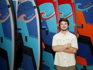 Alumnus business helps others access outdoor activities